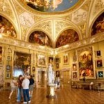 149695664-galleria-palatina-in-palazzo-pitti-gettyimages--330x185
